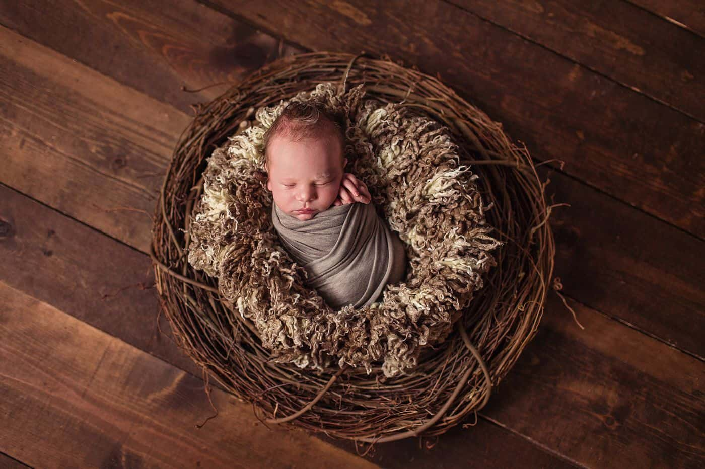 Newborn Photo Props: How To Make Photos That Are Classy & Cute