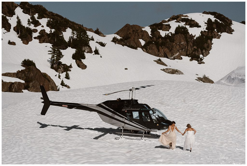 helicopter in snow