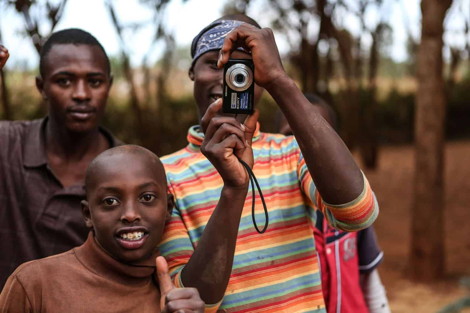 Giving Tuesday is December 5th! Meet 7 organizations who are changing the world with photography – then be part of the change yourself!