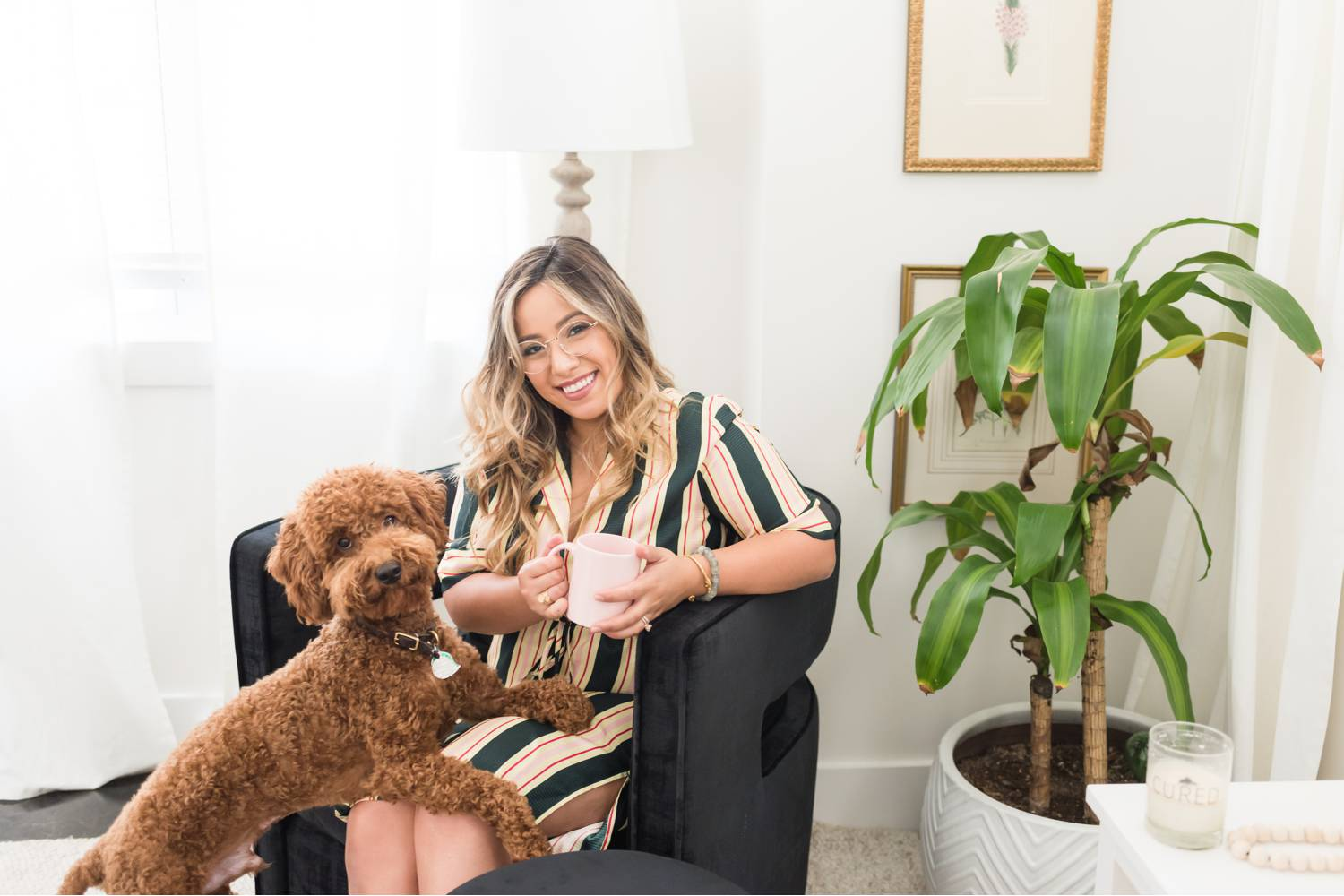 By Mandy Liz: An entrepreneur sits in her office with a mug of coffee. Her dog rests its front legs in her lap. To get great client feedback, you have to be personable!